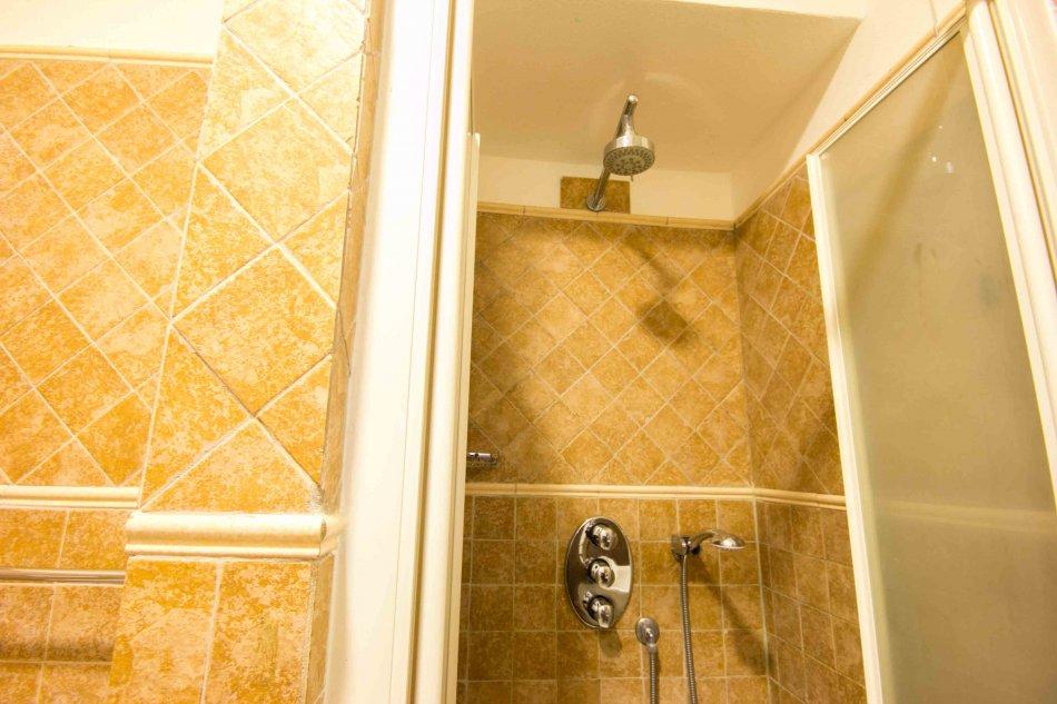 The tramp la spezia - Cinque terre dove fare il bagno ...